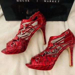 2 for $35 WHBMarket Kelly Style Red Heels 👠